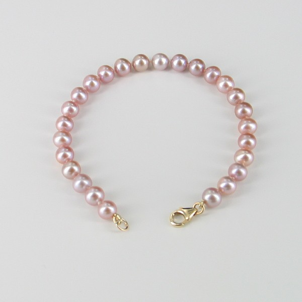 Lilac Freshwater Pearl Bracelet With 14K Yellow Gold