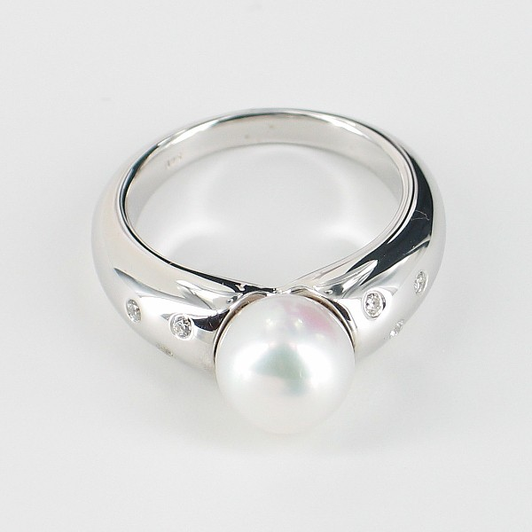 White Pearl Ring With Cubic Zirconia Round Pearl On Sterling  Silver