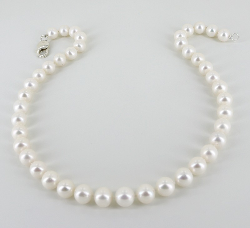 Large Pearl Necklace 9.5-10.5mm With Sterling Silver Lobster Clasp