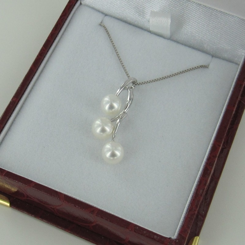 White Triple Pearl Pendant Necklace 6.5-7mm On 925 Sterling Silver