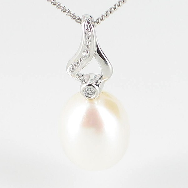 Drop Pearl and Diamond Pendant Necklace 8-8.5mm On 9K White Gold