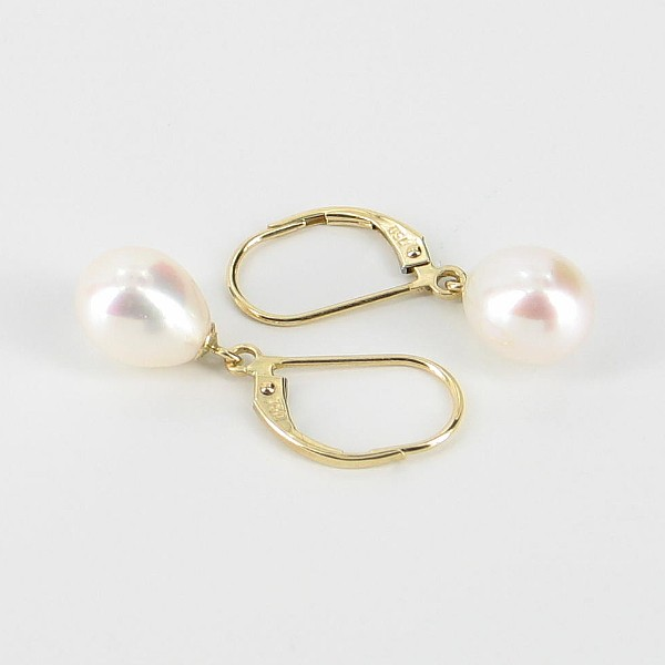 White AAA Drop Pearl Leverback Earrings On 18K Yellow Gold