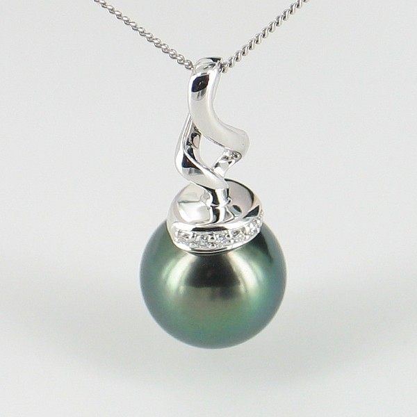Tahitian Pearl & Diamond Pendant Necklace Round Pearl 9K White Gold