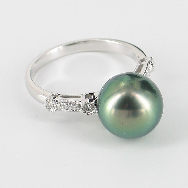 Black Tahitian Pearl Ring With Diamonds Round Pearl On 9K White Gold