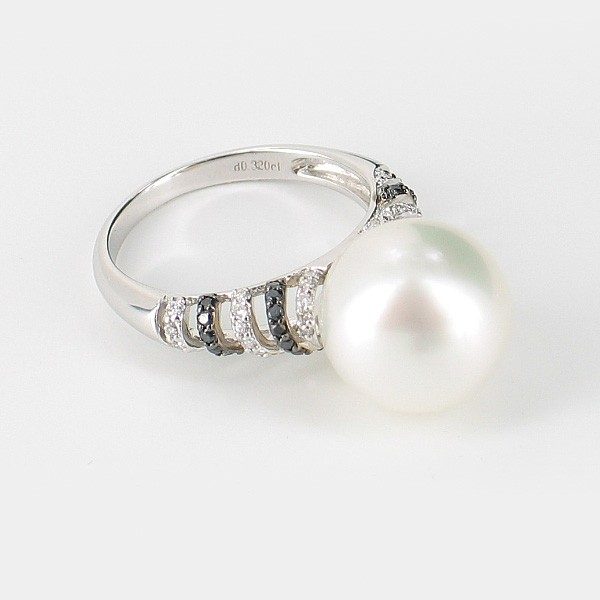 South Sea Pearl & Black/White Diamond Ring 12-12.5mm Pearl 18K White Gold