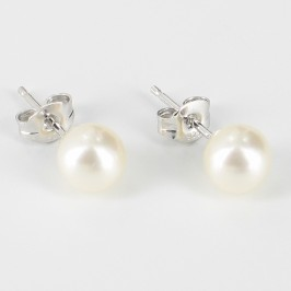 White Round Pearl Stud Earrings 6.5-7mm On Sterling Silver
