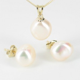 Cream Baroque Pearl Pendant Necklace & Earrings Set On 9K Yellow Gold