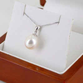Large Drop Pearl Pendant Necklace AAA 9.5-10mm On 9k White Gold