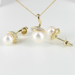 White Pearl & Diamond Pendant & Earrings Set 7.5-9mm With 9K Yellow Gold