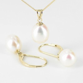 Cream Pearl Pendant & Earrings Set 8-9mm On 9K Yellow Gold