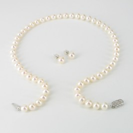 The Director Pearl Necklace & Earrings Set With 14K White Gold
