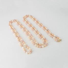 Mini Shanghai Style Freashwater Pearl Necklace With 14K Yellow Gold