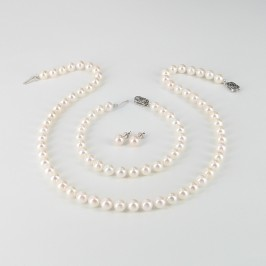 Classic Saltwater Akoya Pearl Necklace Set 7-7.5mm 14K White Gold