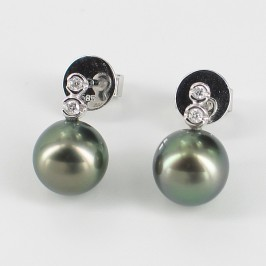 Black Tahitian Pearl & Diamond Earrings 8-9mm With 14K White Gold