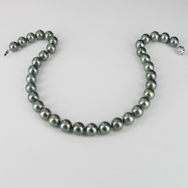 Tahitian Black Pearl Necklace Round 11-12mm With 18K White Gold