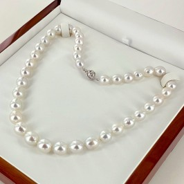 Large 9-11.5mm Graduated South Sea Oval Pearl Necklace 18K Gold