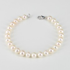 White Freshwater Pearl Bracelet On 14K White Gold